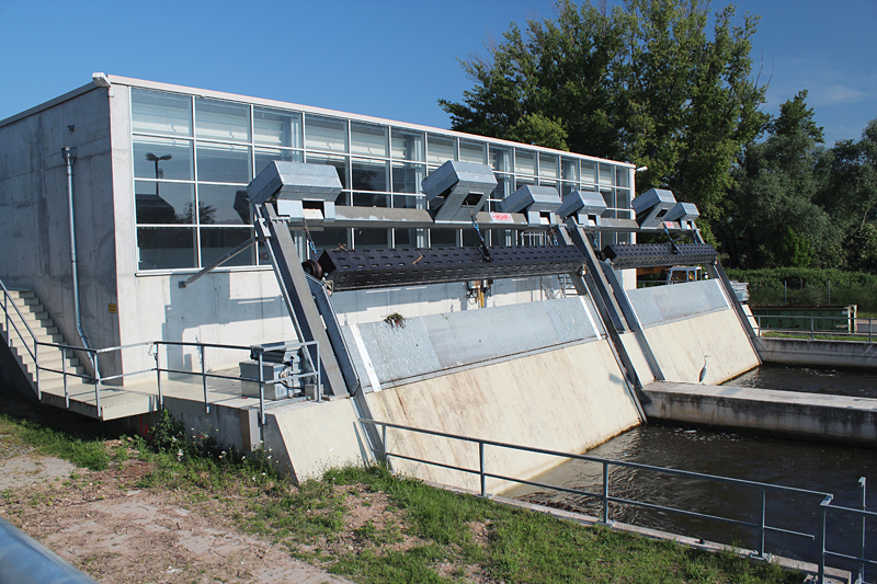 Wasserkraftwerk Kostheim Main - Rechenanlage