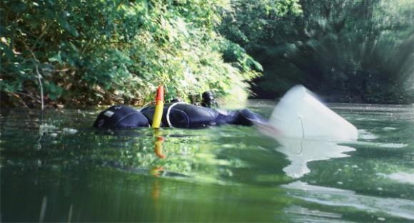 Gewässeruntersuchung mit Tauchern
