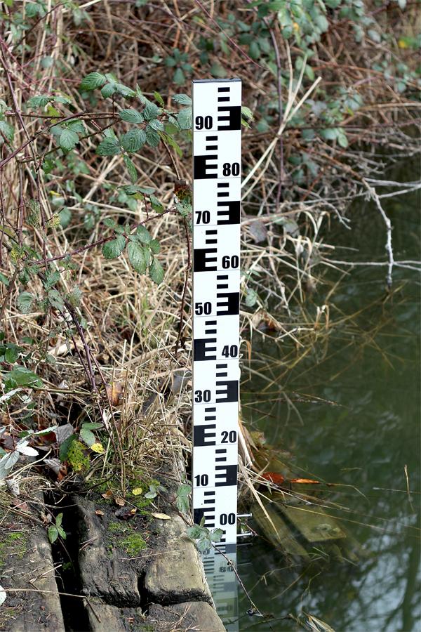 Pegellatte - Wasserstand messen